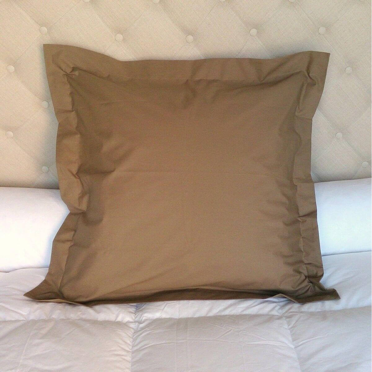 Taie d´oreiller couleur, Coloris unis: taupe, Taille protections taies: 65x65 cm